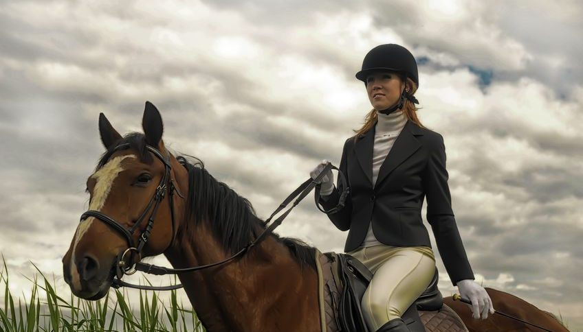 Best-Horse-Riding-Helmet-Reviews-and-Buying-Guide